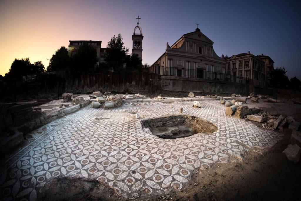 Епископска базилика Пловдив