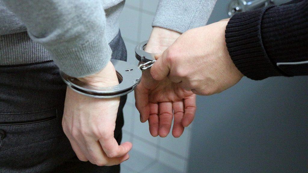 Български и румънски журналист са били арестувани по време на разследване  край Радомир | За истината