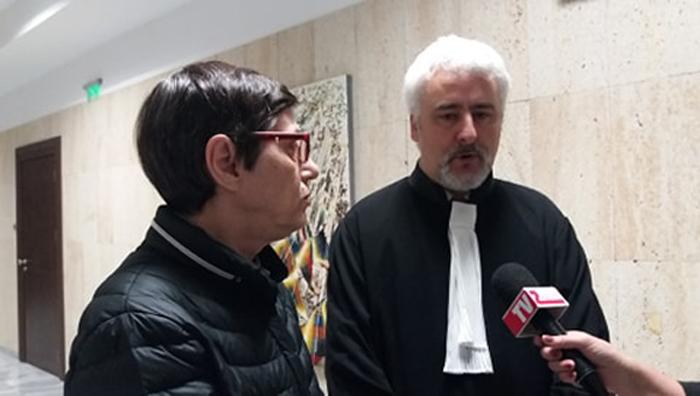 Журналистката Венелина Попова и адвокат Александър Кашъмов в кулоарите на съда. Снимка: За истината